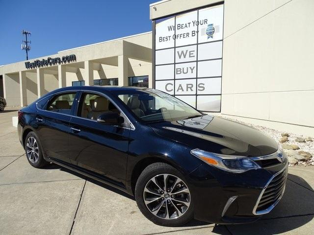 2016 Toyota Avalon Hybrid for Sale in Raleigh, NC - Image 1