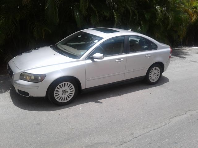 2004 Volvo S40 for Sale in Fort Lauderdale, FL - Image 1