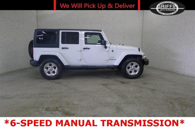 2015 Jeep Wrangler Unlimited for Sale in Jefferson, WI - Image 1