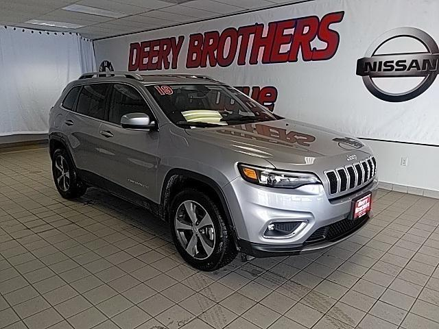 2019 Jeep Cherokee for Sale in Dubuque, IA - Image 1