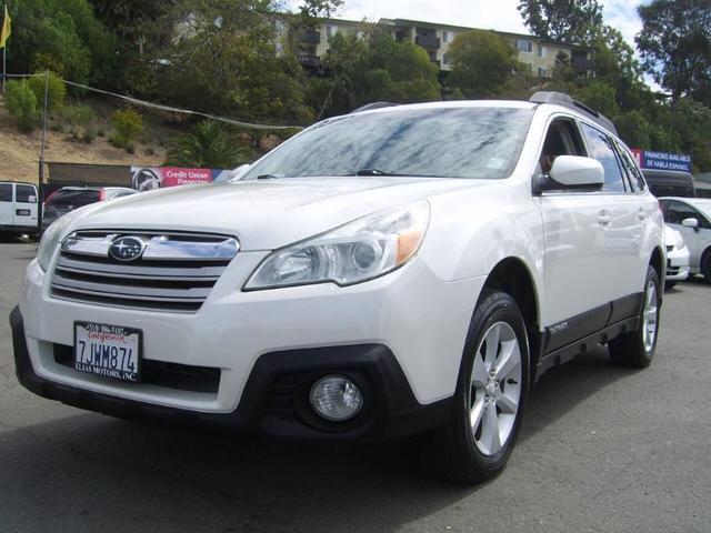 2014 Subaru Outback for Sale in Hayward, CA - Image 1