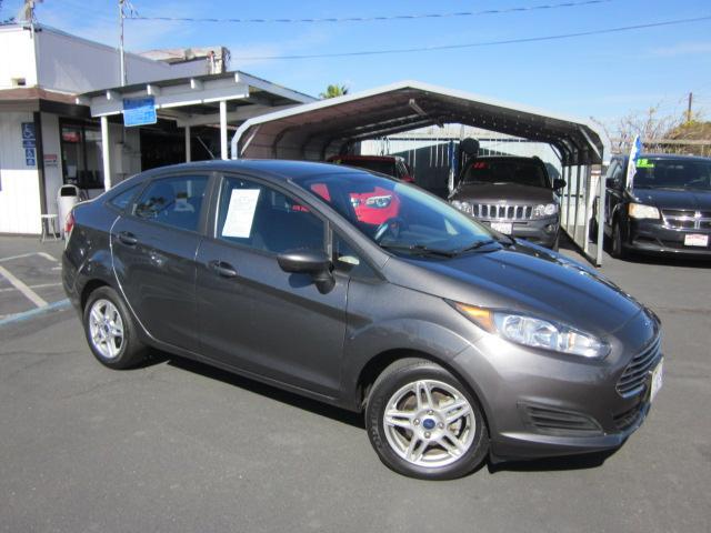 2017 Ford Fiesta a la venta en Sacramento, CA - Image 1