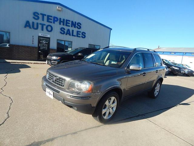 2010 Volvo XC90 for Sale in Johnston, IA - Image 1