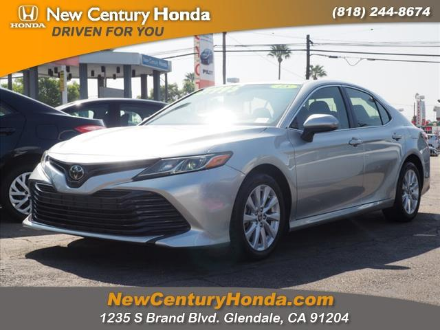 2018 Toyota Camry a la venta en Glendale, CA - Image 1