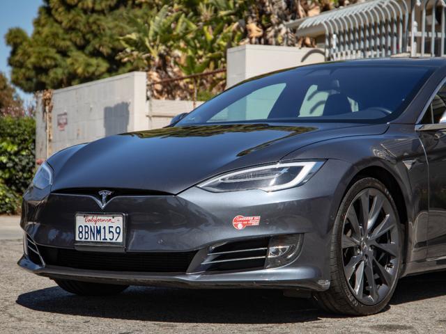2017 Tesla Model S a la venta en Lomita, CA - Image 1