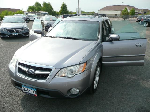 2008 Subaru Outback for Sale in Osseo, MN - Image 1