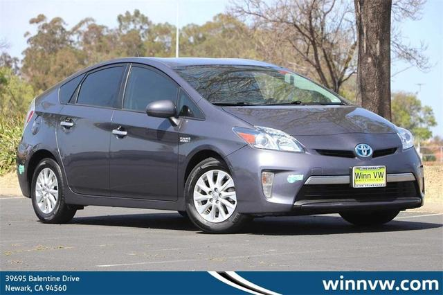 2015 Toyota Prius Plug-in for Sale in Newark, CA - Image 1