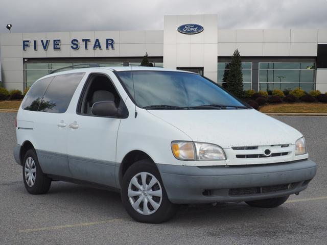 Toyota Sienna 2000 for Sale in Warner Robins, GA
