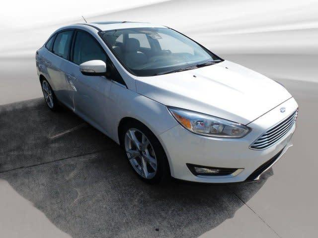 Certified 2016 Ford Focus Titanium Sedan In Jasper In Near 47546 1fadp3j20gl211759 Auto Com