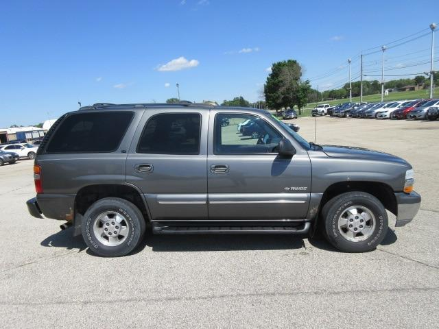 2001 Chevrolet Tahoe for Sale in Waverly, IA - Image 1