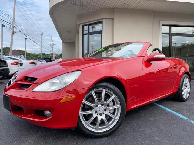 Used 2005 Mercedes Benz Slk Class Slk350 Roadster Convertible In Moosic Pa Auto Com Wdbwk56f25f040533