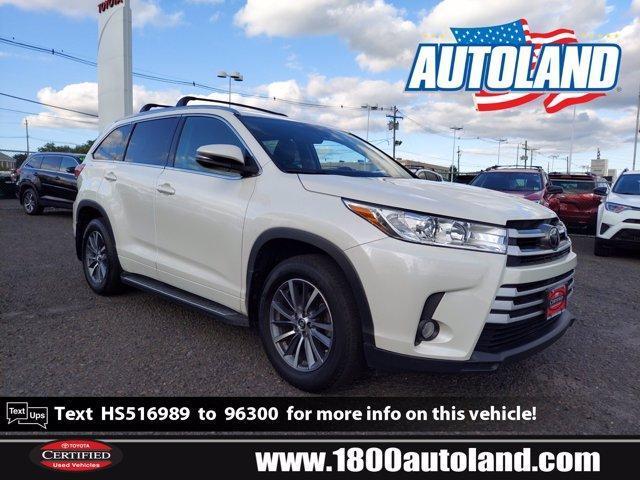 2017 Toyota Highlander for Sale in Springfield, NJ - Image 1