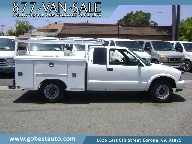 2001 Chevrolet S-10 LS Extended Cab