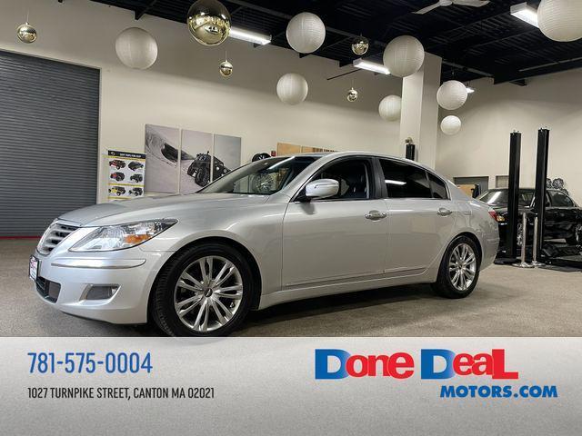 2011 Hyundai Genesis a la venta en Canton, MA - Image 1