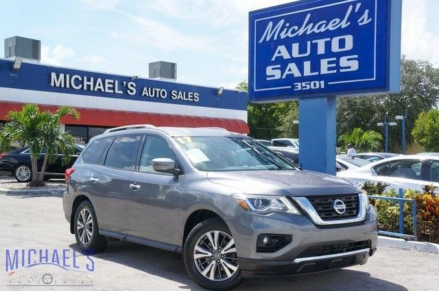 2017 Nissan Pathfinder for Sale in Hollywood, FL - Image 1
