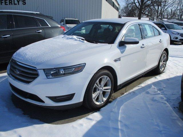 2016 Ford Taurus for Sale in Decatur, IN - Image 1