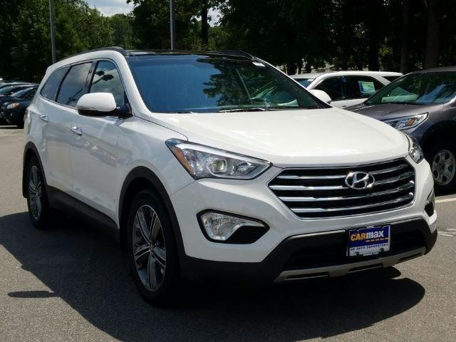 Hyundai Santa Fe 2015 for Sale in Wilmington, NC