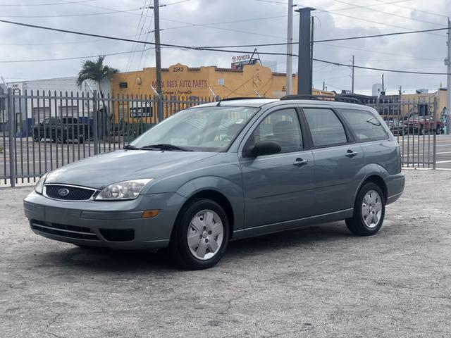 Ford Focus 2006 for Sale in Miami, FL