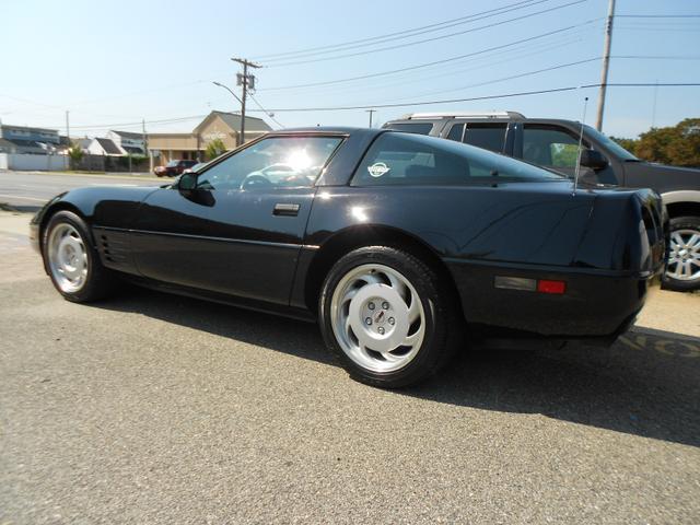 1991 Chevrolet Corvette for Sale in Farmingdale, NY - Image 1