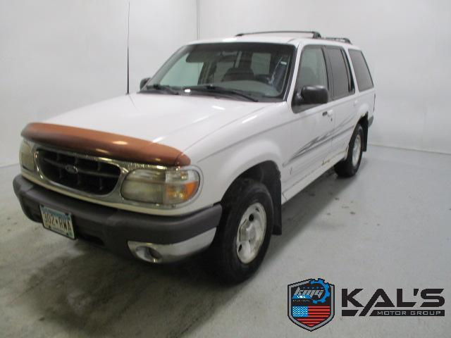 2000 Ford Explorer for Sale in Wadena, MN - Image 1