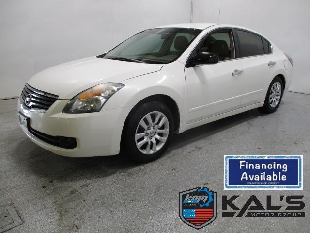 2009 Nissan Altima for Sale in Wadena, MN - Image 1