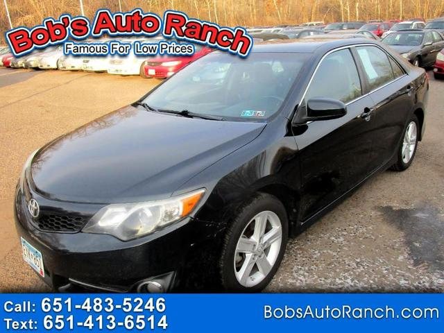 2014 Toyota Camry for Sale in Circle Pines, MN - Image 1
