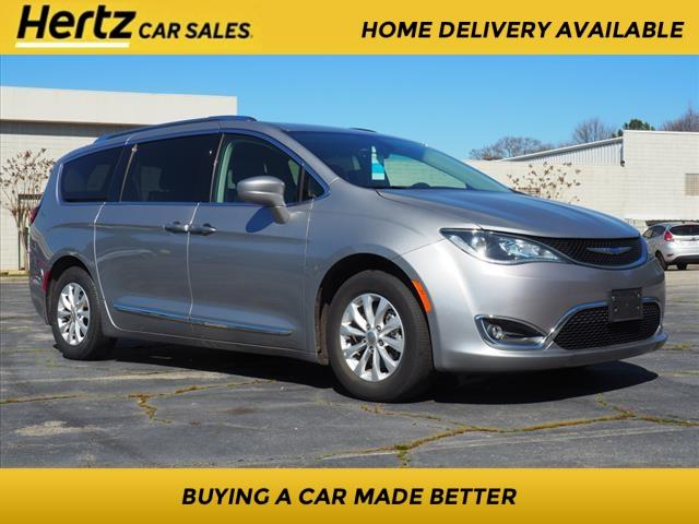 2019 Chrysler Pacifica for Sale in Morrow, GA - Image 1