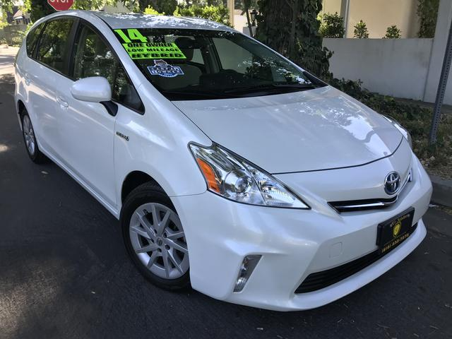 2014 Toyota Prius v for Sale in North Hollywood, CA - Image 1