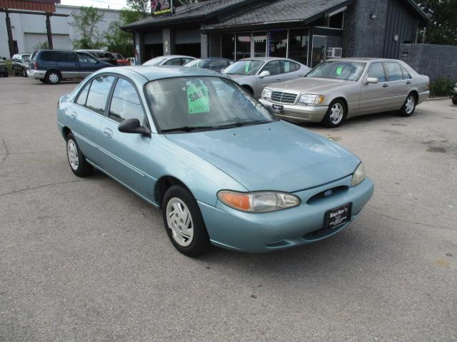 Ford Escort 1997 for Sale in Marion, IA