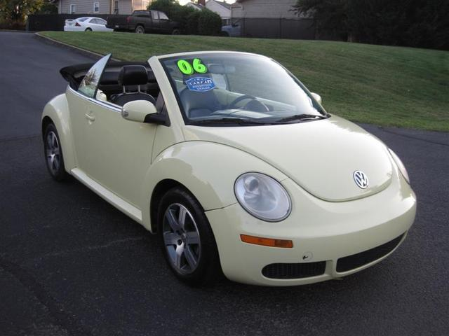 2006 Volkswagen New Beetle for Sale in Knoxville, TN - Image 1