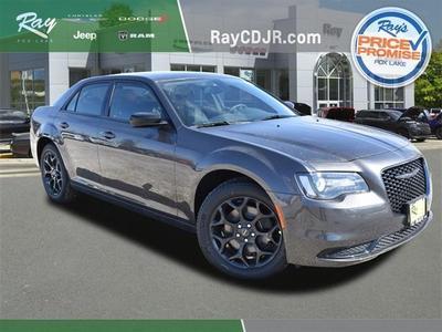 new 2021 Chrysler 300 car, priced at $31,236