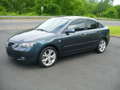 used 2009 Mazda Mazda3 car, priced at $5,500