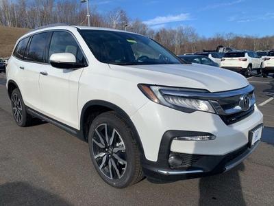 new 2021 Honda Pilot car, priced at $46,719