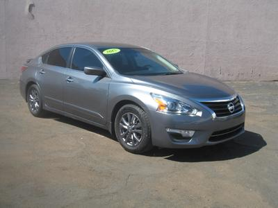 used 2015 Nissan Altima car, priced at $10,999