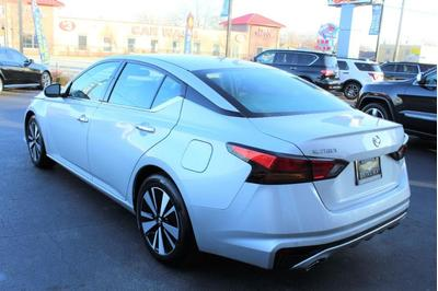 used 2020 Nissan Altima car, priced at $22,500