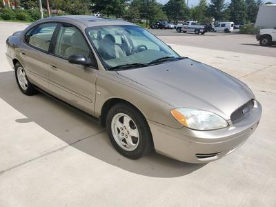 used 2004 Ford Taurus car, priced at $2,950