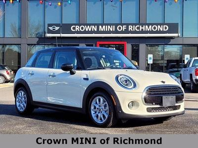 new 2021 MINI Hardtop car, priced at $33,440