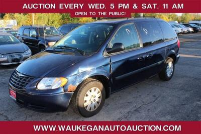 used 2005 Chrysler Town & Country car, priced at $700