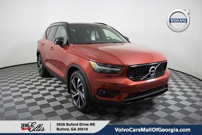 new 2020 Volvo XC40 car, priced at $42,418