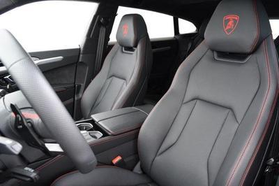 used 2019 Lamborghini Urus car
