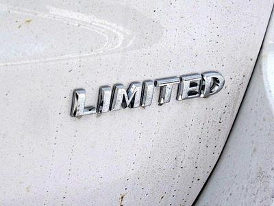 new 2018 Jeep Grand Cherokee car, priced at $43,880