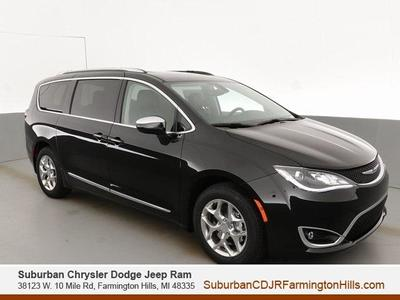 new 2020 Chrysler Pacifica car, priced at $39,889
