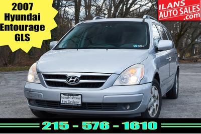used 2007 Hyundai Entourage car, priced at $1,995