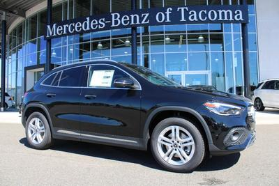 new 2021 Mercedes-Benz GLA 250 car, priced at $47,680