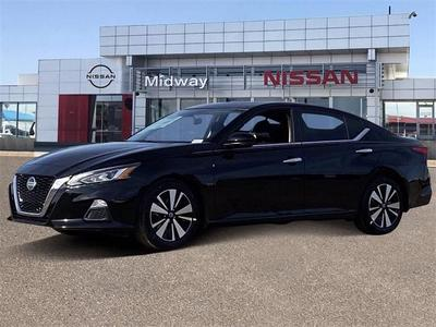 new 2021 Nissan Altima car, priced at $24,650