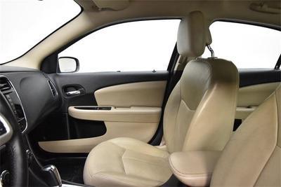used 2012 Chrysler 200 car