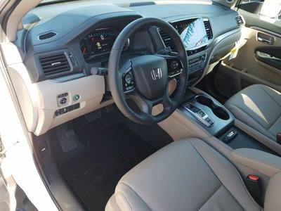 new 2021 Honda Pilot car, priced at $40,590