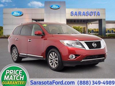 used 2016 Nissan Pathfinder car, priced at $13,700