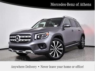 new 2021 Mercedes-Benz GLB 250 car, priced at $45,870