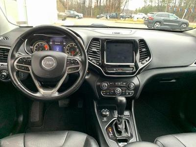 used 2020 Jeep Cherokee car, priced at $26,490